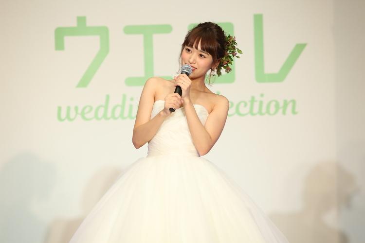 d1860ca84cc7f 本日のウェディングドレスショーでは海外トレンドの最前線をキャッチしたインポートドレスショップ JUNO のドレスを着用したモデルがランウェイを歩き、未来の花嫁  ...